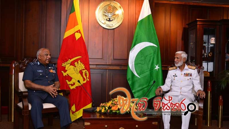 pakistani-naval-chief-meets-cds