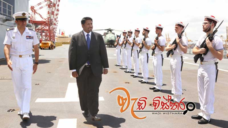 state-minister-wijewardene-visits-french-ship