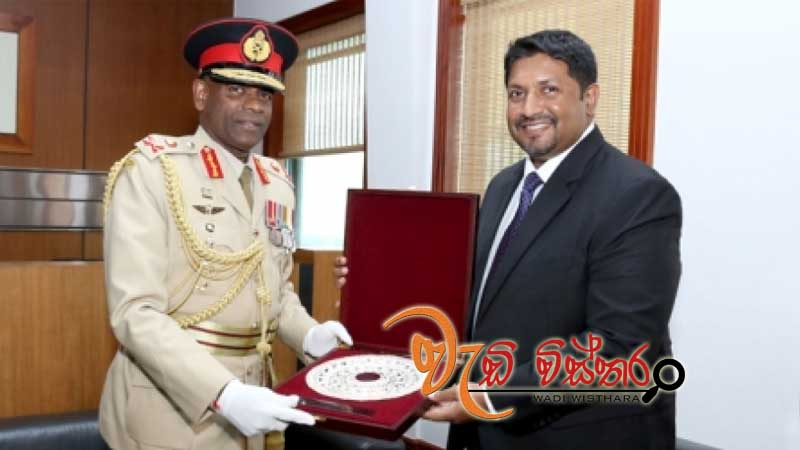 army-commander-meets-state-minister-ruwan
