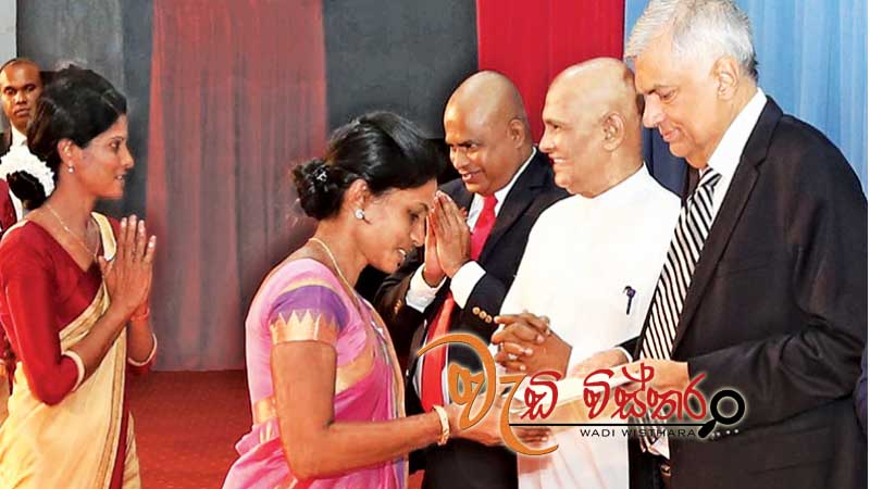 ten-year-education-plan-for-jaffna-pm
