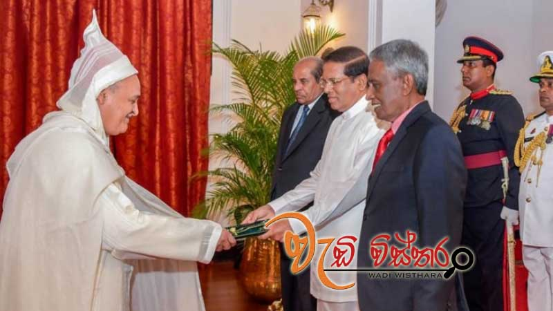 five-new-envoys-present-credentials-to-president