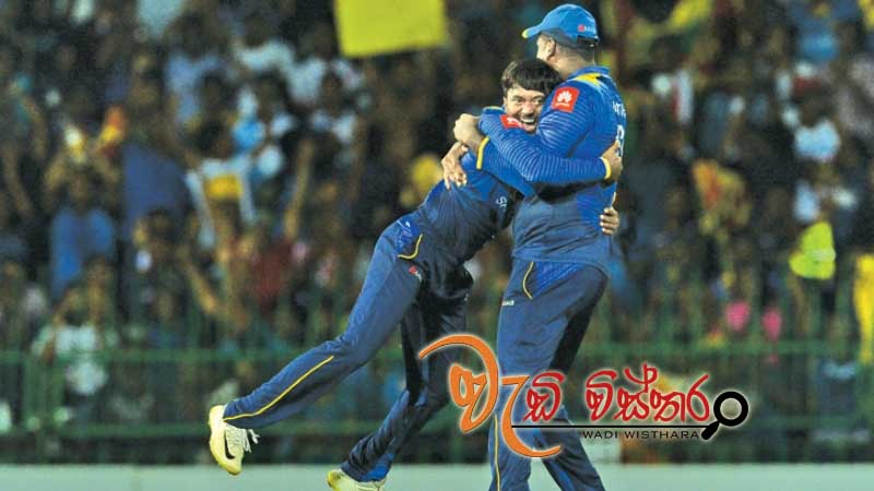 sri-lanka-wins-by-three-wickets-in-tight-chas