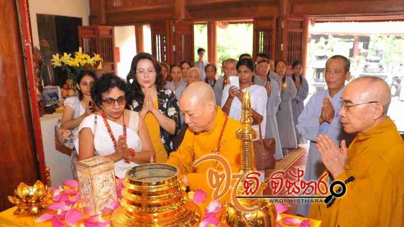 sacred-relics-lord-buddha-enshrined-in-ha-noi