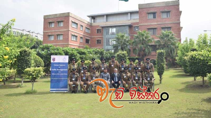 lankan-police-undergo-traffic-management-training-in-india