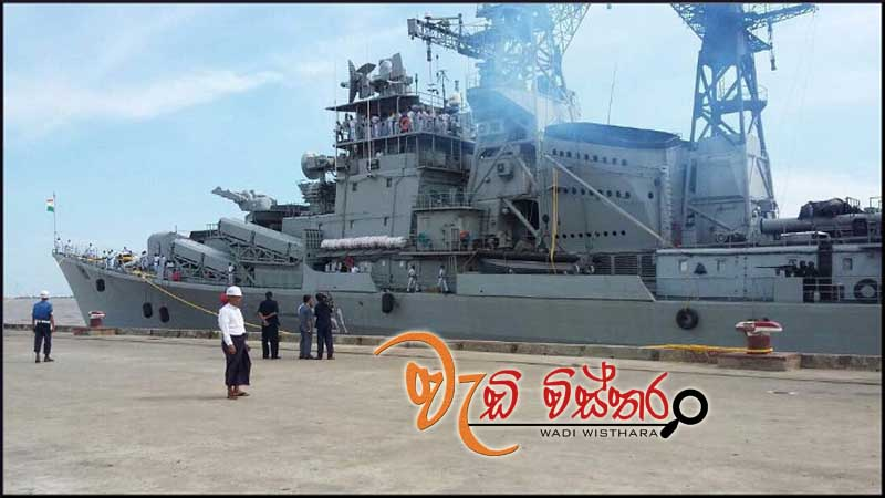 ins-rajput-at-colombo-port