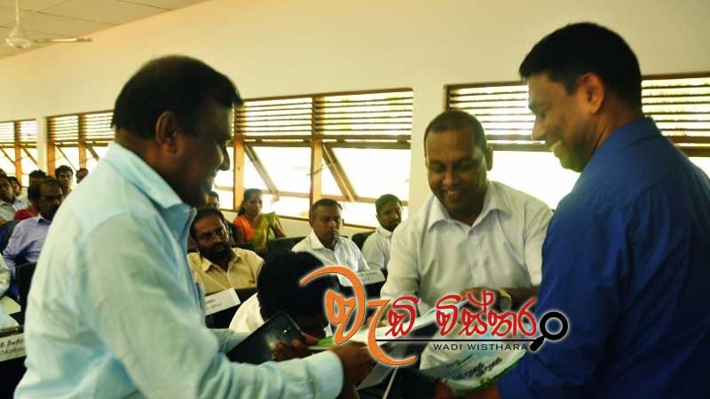 poh-scholarships-for-six-sri-lankan-students
