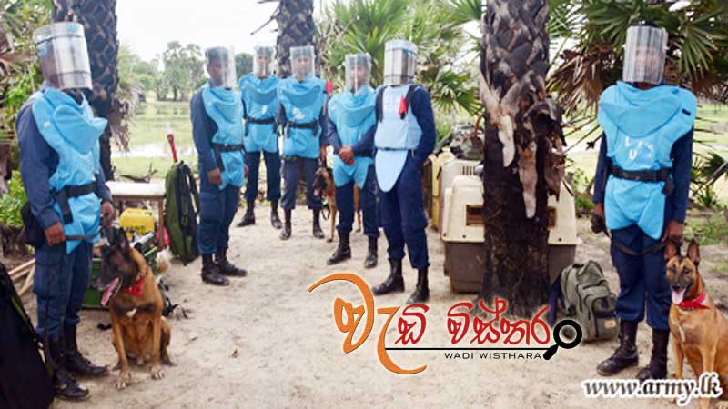 cambodian-de-miners-in-muhamalai-learn-from-army-humanitarian